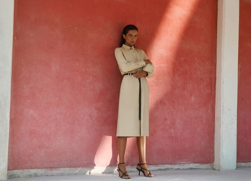 An image from Massimo Dutti's spring 2020 advertising campaign