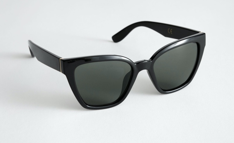 & Other Stories Cat Eye Sunglasses in Black $39
