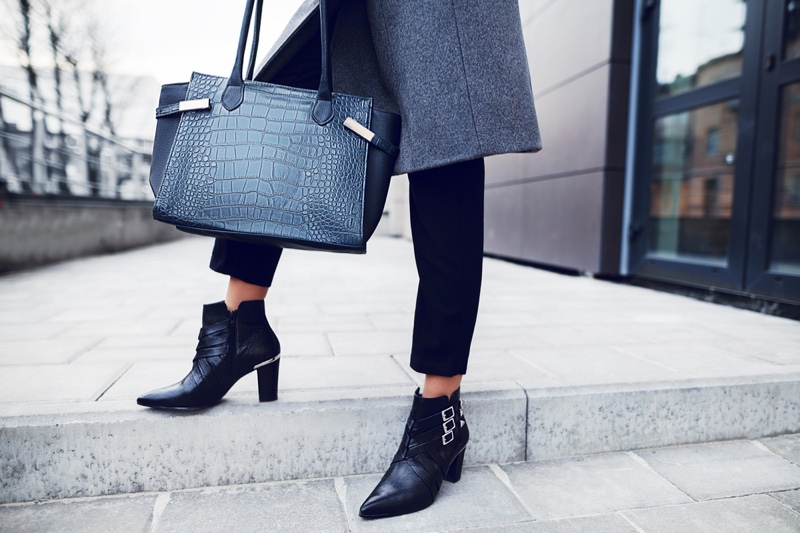 Stylish Woman Bag Pants Ankle Boots Grey