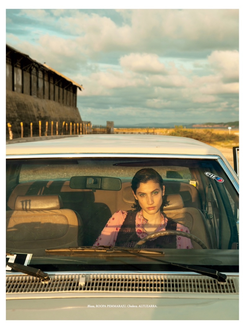 Victoria Massey Takes a Stylish Road Trip in ELLE Mexico