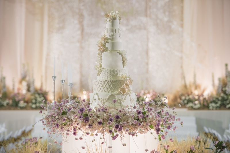 Wedding Cake Stand Flowers