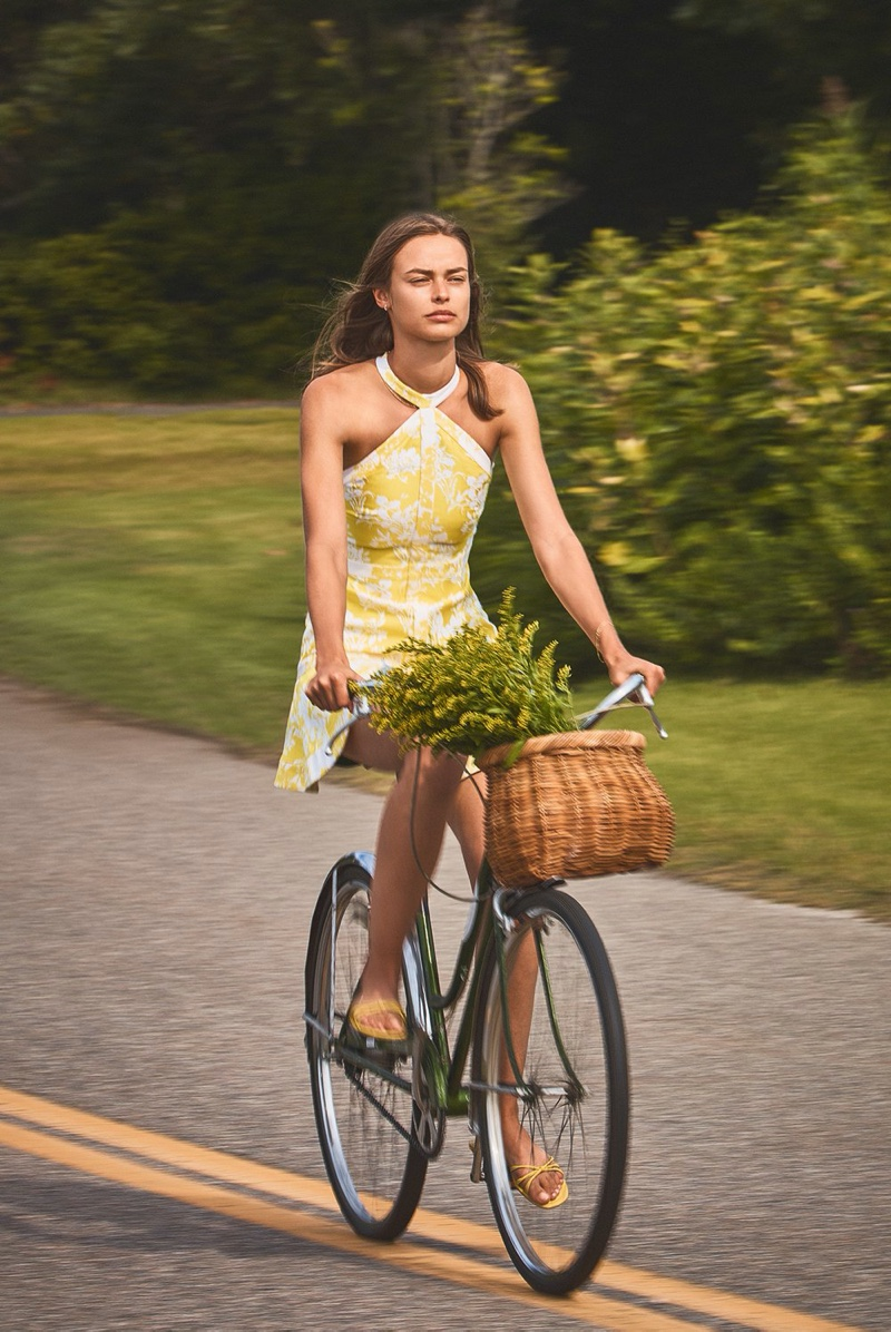 Riding a bike, Birgit Kos appears in Alexis spring-summer 2020 campaign
