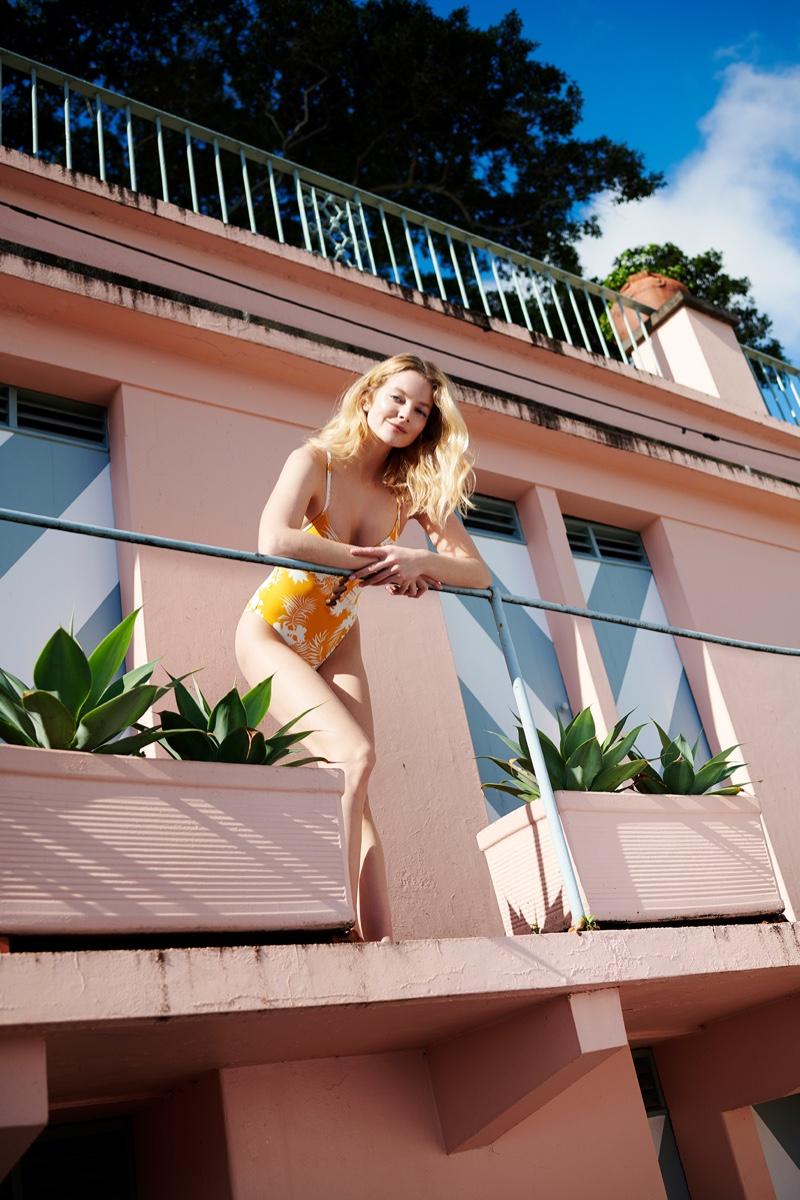 Eniko Mihalik shows off Seafolly swimsuit.