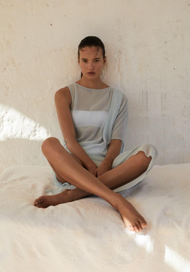 Max Mara Leisure Beachwear unveils spring-summer 2020 lookbook
