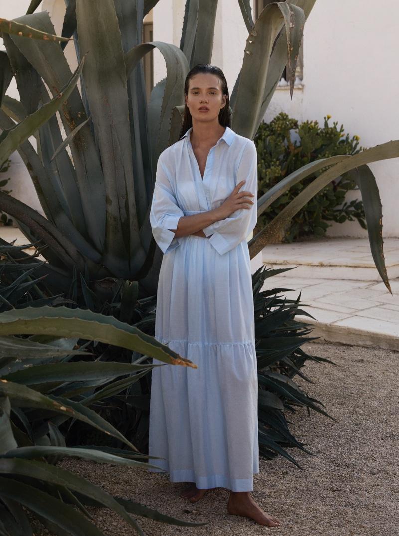 An image from Max Mara Leisure Beachwear's spring-summer 2020 lookbook