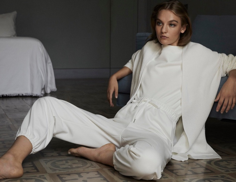 Dressed in white, Agnes Akerlund fronts Max Mara Leisure spring-summer 2020 lookbook