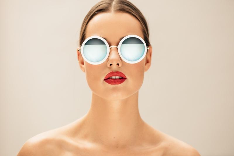 Model Round White Sunglasses Reflection