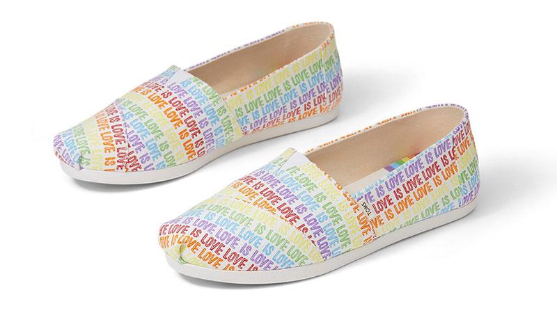 Toms UNITY Love Is Love Print Classics Shoes $59.95
