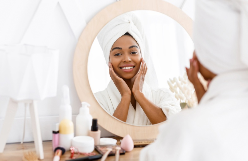 Black Woman Mirror Skincare