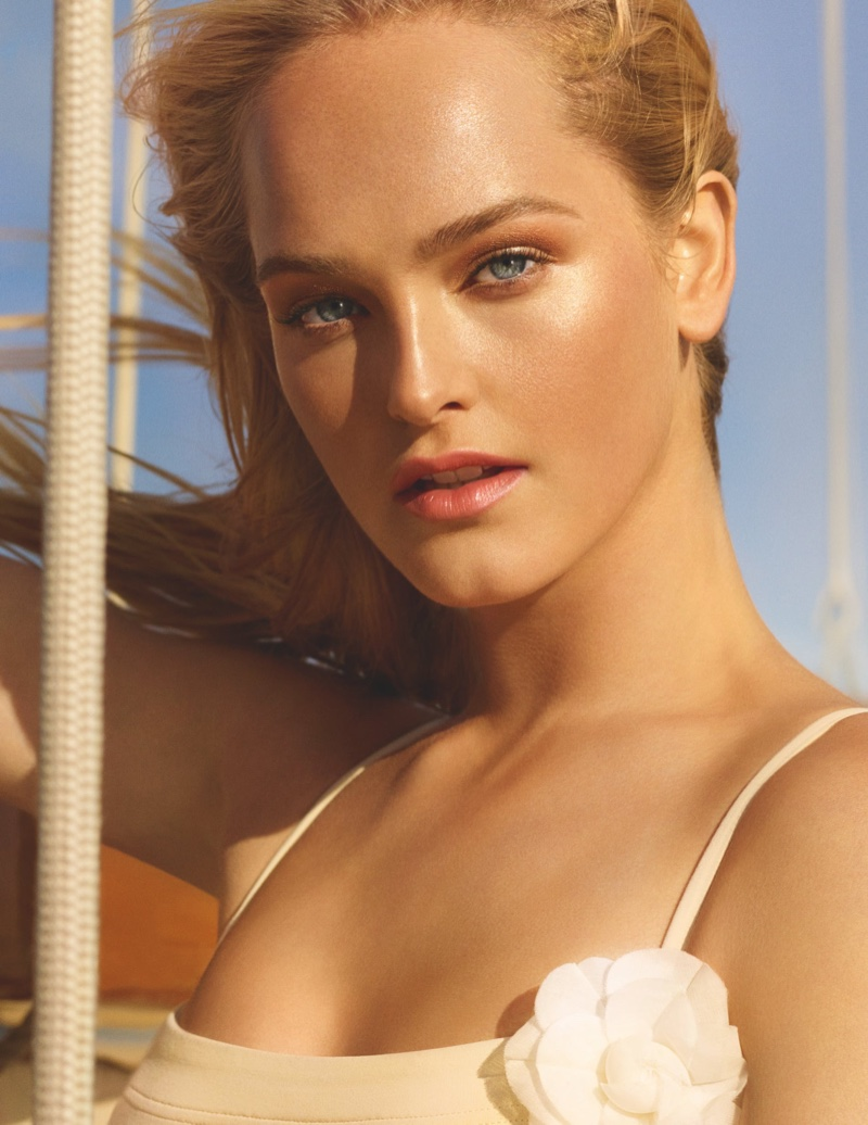 Jean Campbell stars in Chanel Les Beiges Summer Glow 2020 campaign.