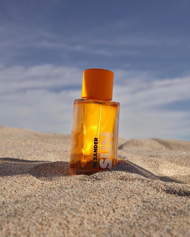 A look at Jil Sander Sun eau du parfum campaign.