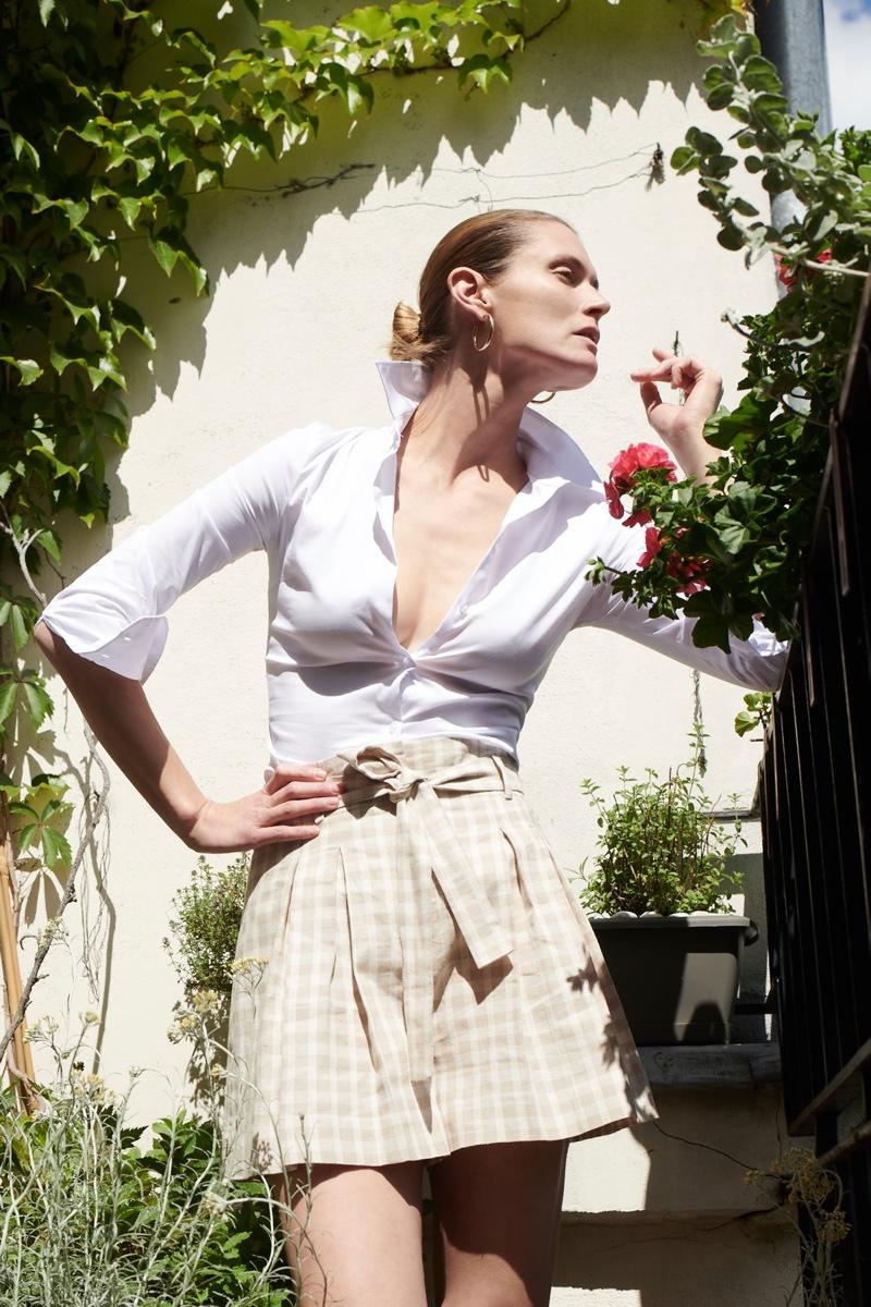 Posing outdoors, Malgosia Bela fronts Zara's summer 2020 collection.