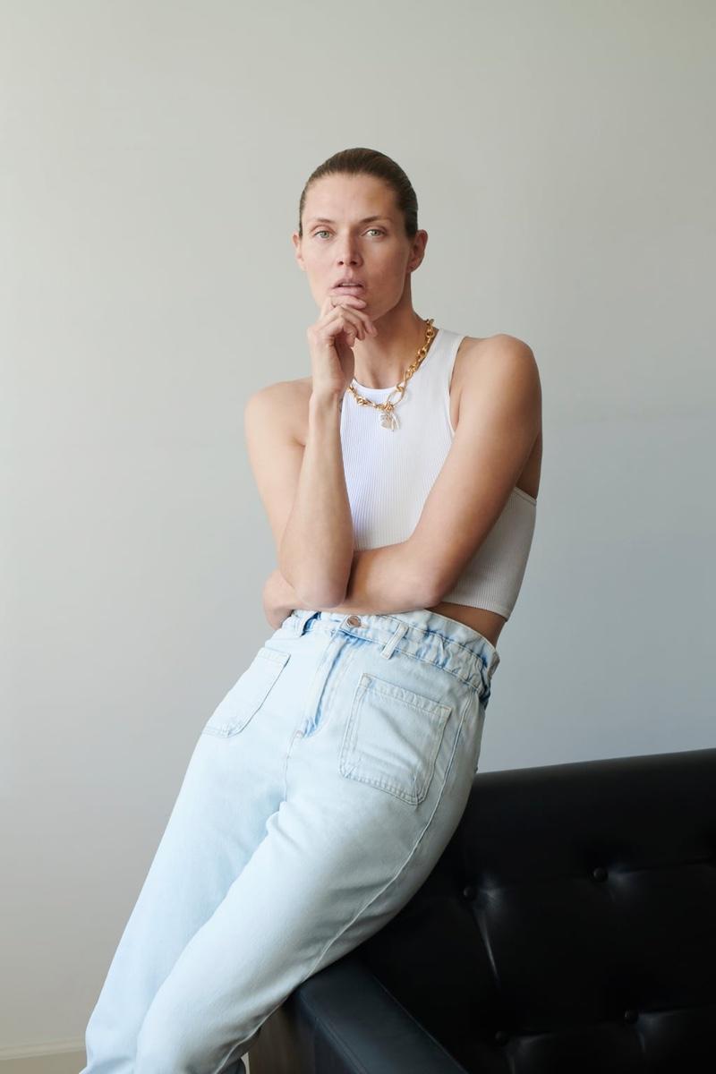 Model Malgosia Bela embraces Zara's summer fashions.