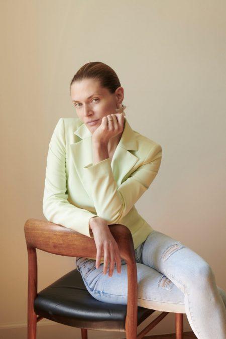 Malgosia Bela Looks Effortlessly Chic in Zara