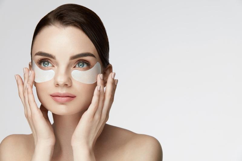 Model Eye Mask Beauty Skin