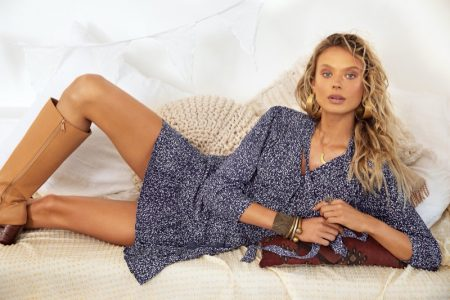 Victoria Germyn lounges in retro styles for Mister Zimi Casa summer 2020 campaign.