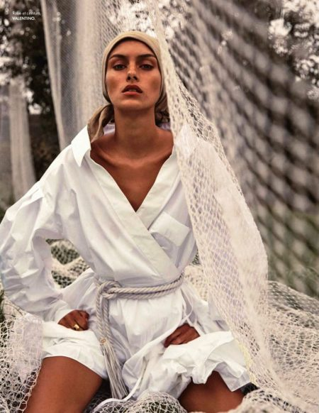 Rossana Latallada Is A Natural Beauty for ELLE France