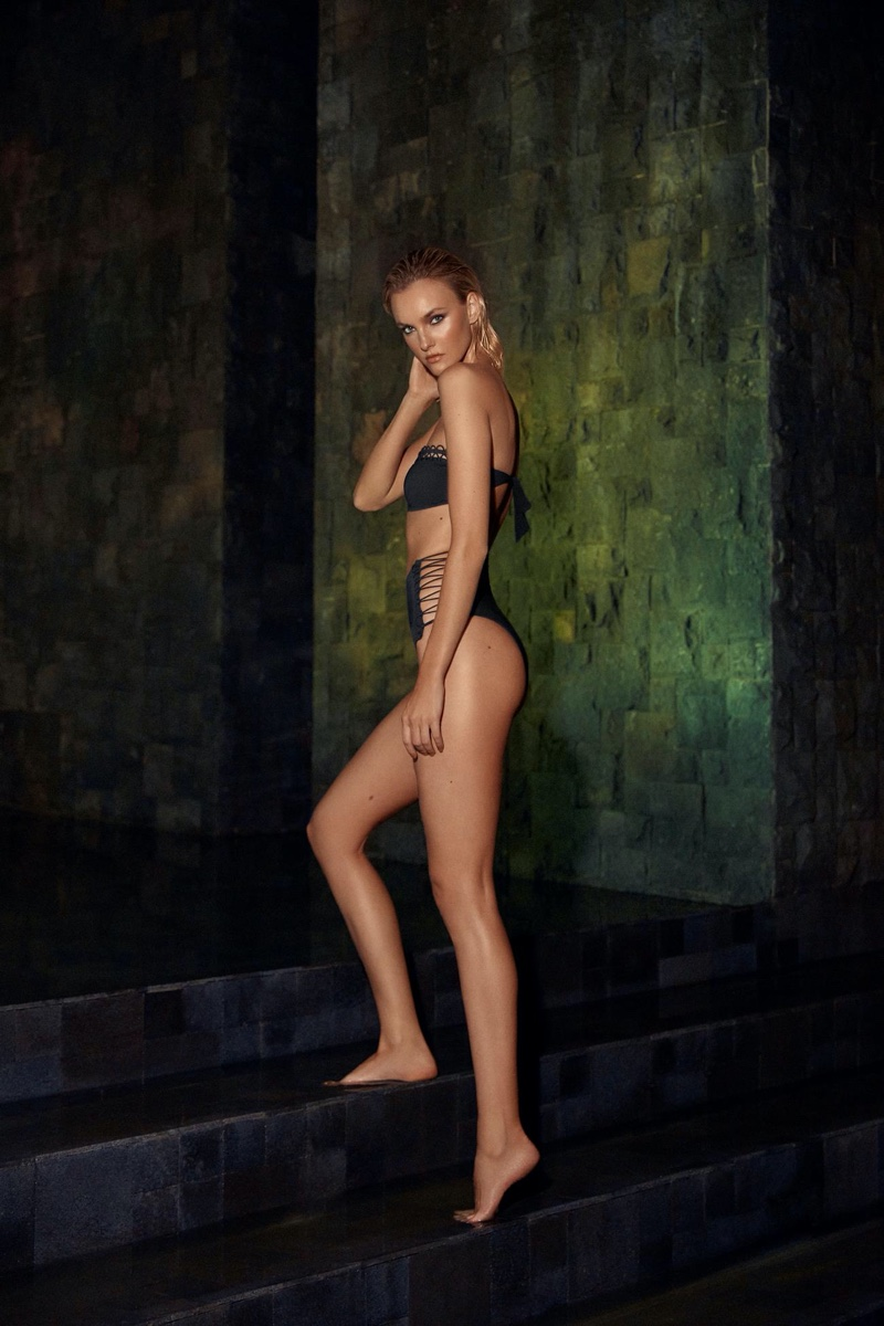 Model Caroline Trentini poses in Agua de Coco swimwear 2020 campaign.