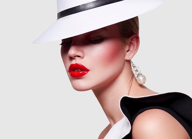 Fashion Beauty Model Red Lipstick White Hat