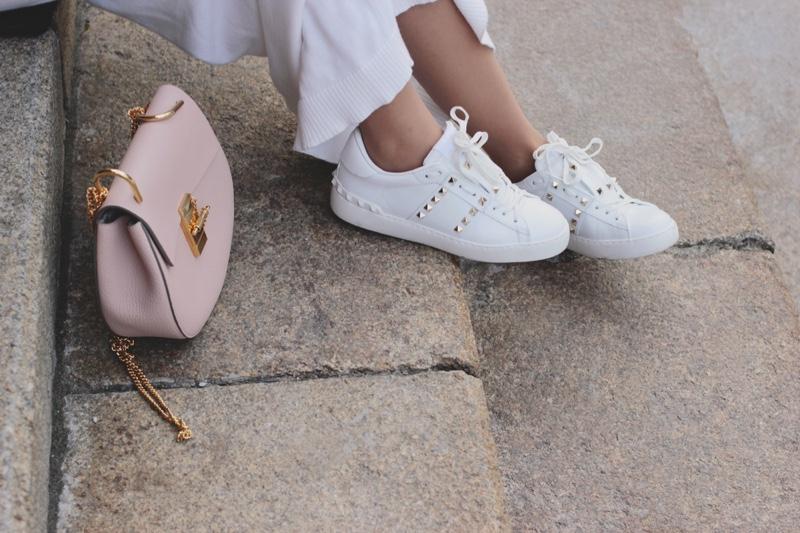 Fashionable Studded Sneakers Pink Handbag
