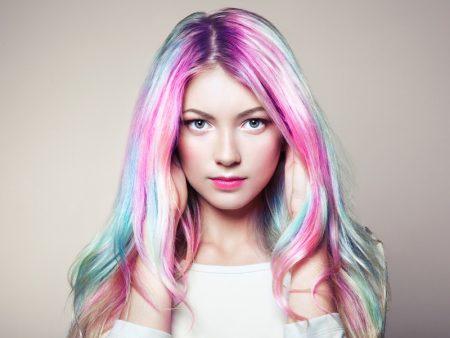 Model Rainbow Pastel Hair
