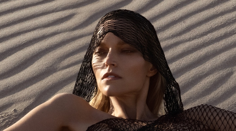 Exclusive: Sarah DeAnna by Jeff Tse in 'The Dunes'