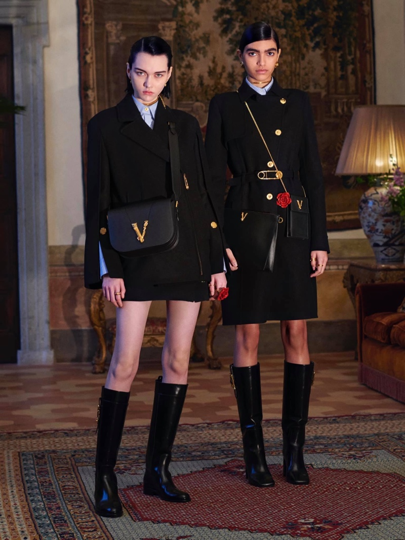 Steinberg and Cynthia Arrebola pose for Versace pre-fall 2020 campaign.