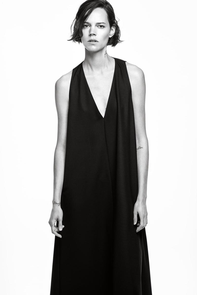 Freja Beha Erichsen poses in Zara voluminous dress.