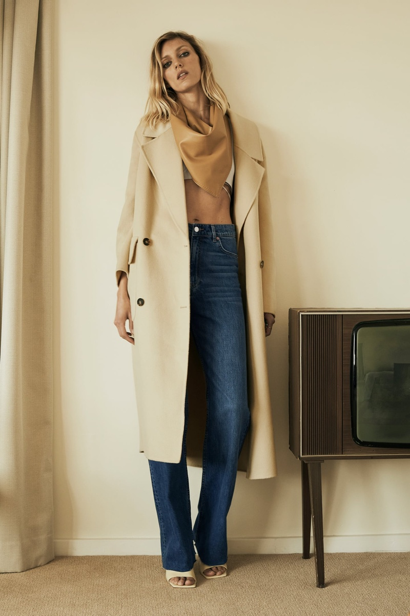 Anja Rubik poses in Zara's fall 2020 arrivals.