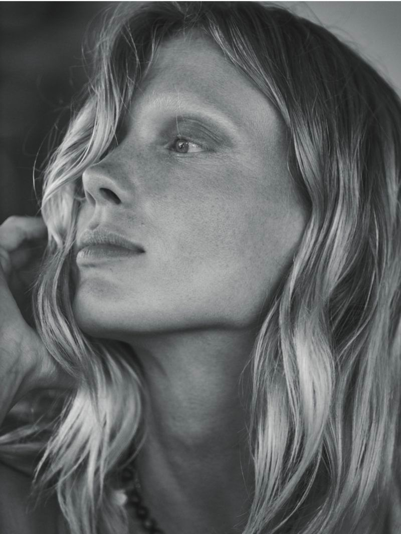 Annely Bouma Embraces Relaxation Ready Looks for D Repubblica