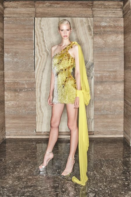 Atelier Versace Enchants With Fall 2020 Collection