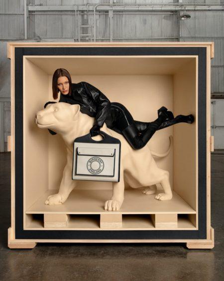 Striking a pose, Bella Hadid fronts Burberry Pocket bag campaign.