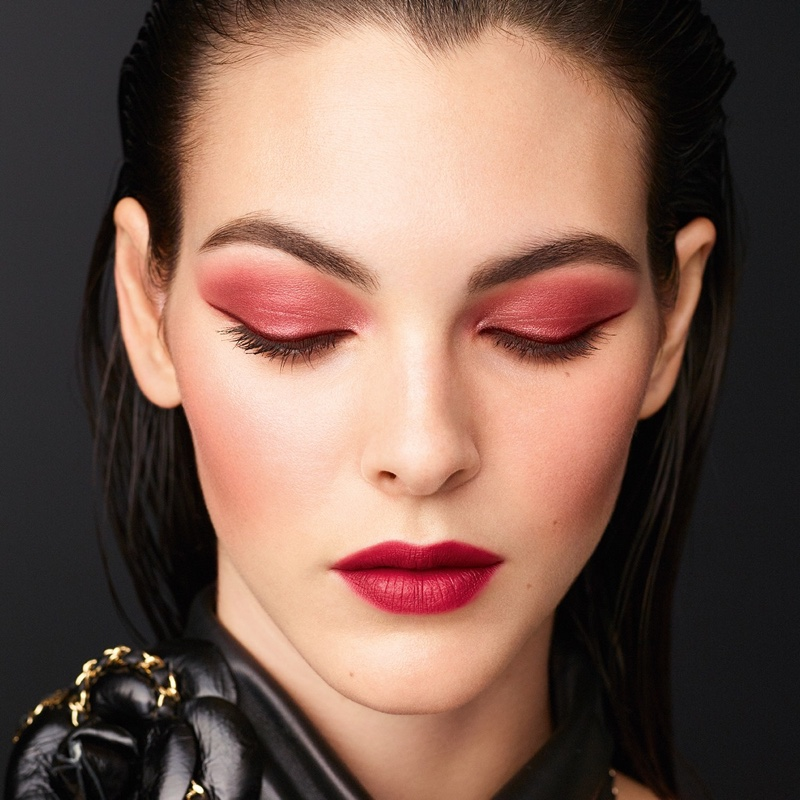 Chanel unveils fall-winter 2020 makeup collection.