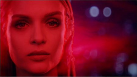Model Josephine Skriver appears in Marvel x Maybelline film.
