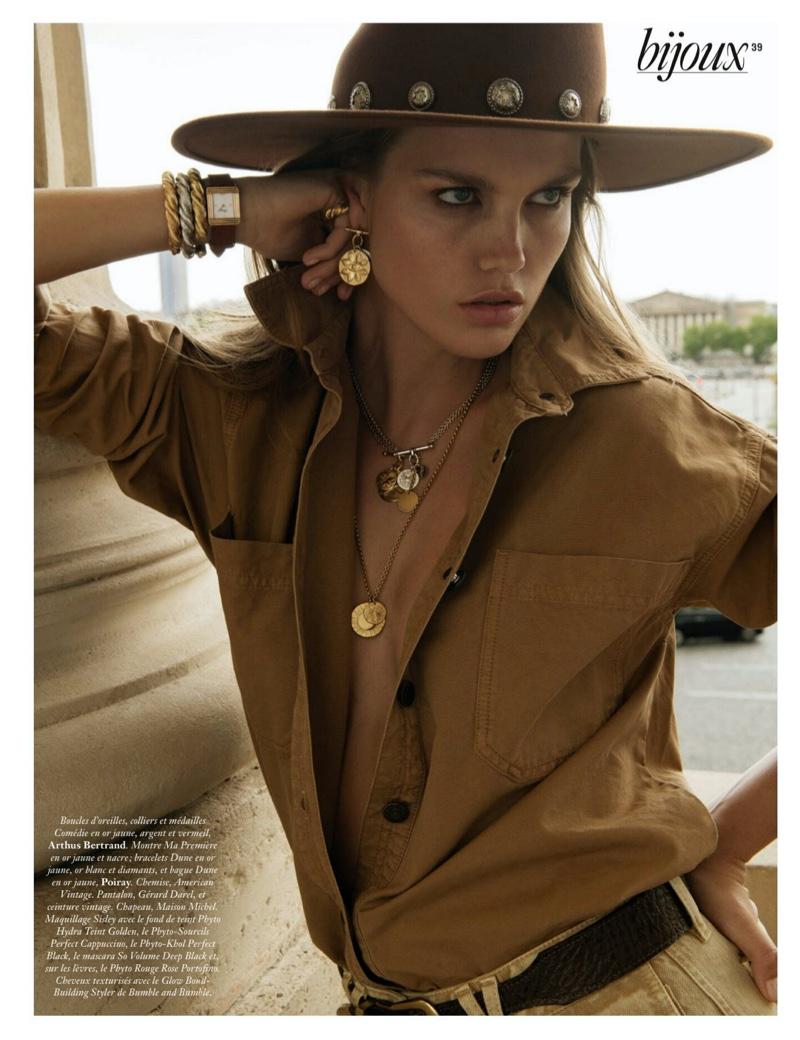 Luna Bijl Shines in Neutral Ensembles for Vogue Paris