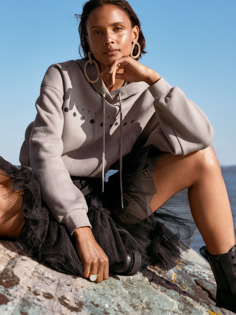 Malaika Holmén poses for Sandra Mansour x H&M collaboration campaign.