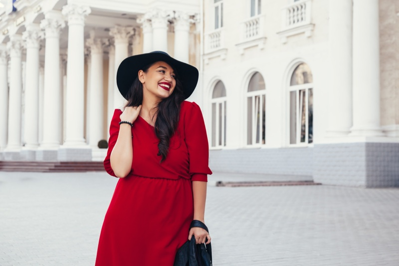 Smiling Plus Size-Model Red Dress Hat