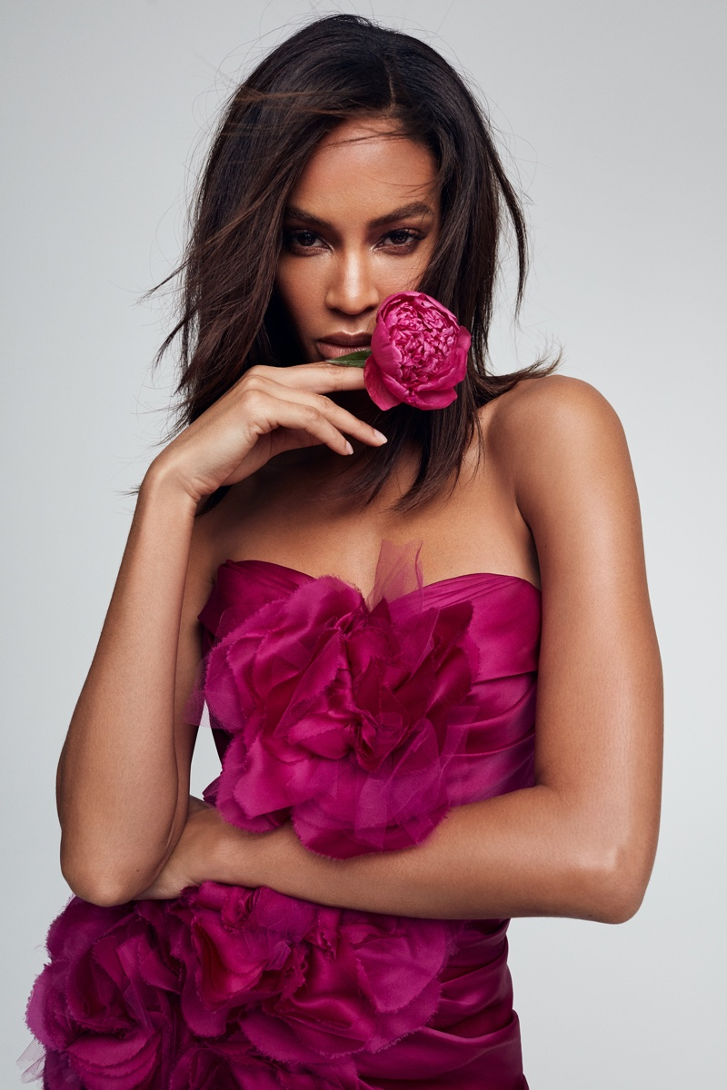 Victoria's Secret taps Joan Smalls for Bombshell Passion perfume campaign.