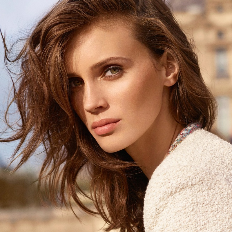Chanel unveils Les Beiges Healthy Glow Foundation Hydration and Longwear campaign.