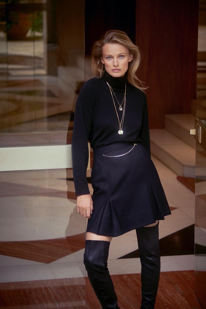 Dressed in all black, Edita Vilkeviciute wears Massimo Dutti's fall 2020 designs.