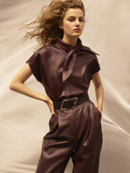 Felice Noordhoff poses in Massimo Dutti Limited Edition fall-winter 2020 collection.