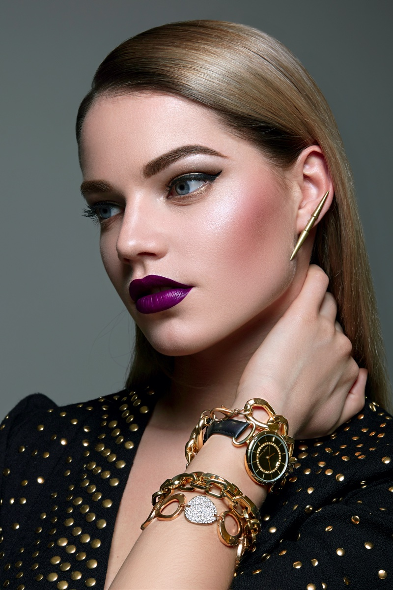 Model Gold Silver Bracelets Beauty Jewelry