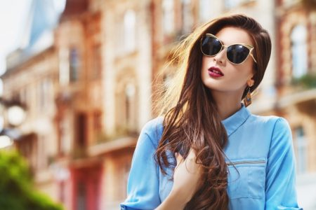 Model Street Style Sunglasses Cat Eye Long Hair Blue Shirt