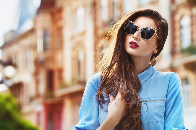 Model Street Style Sunglasses Cat Eye Long Hair Blue Shirt