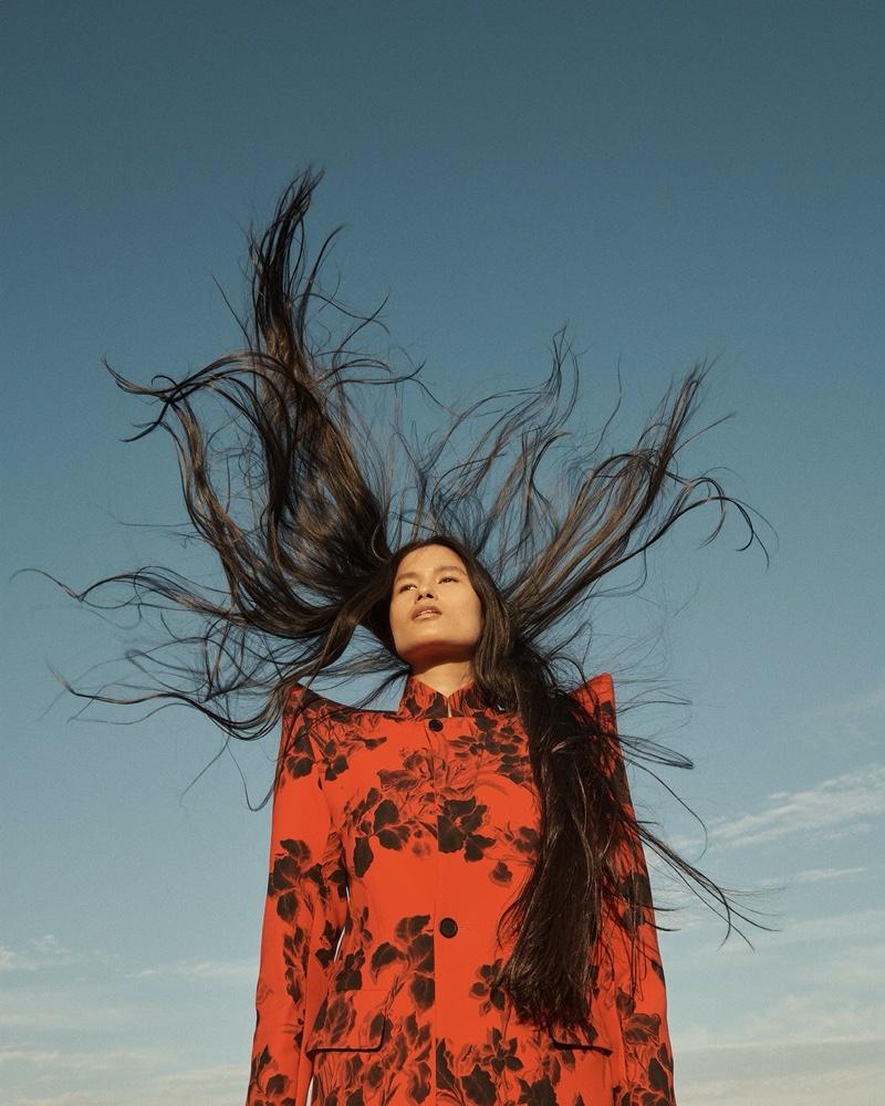 Irina, Grace, Tianna, Varsha & London Touch the Sky for Vogue Russia