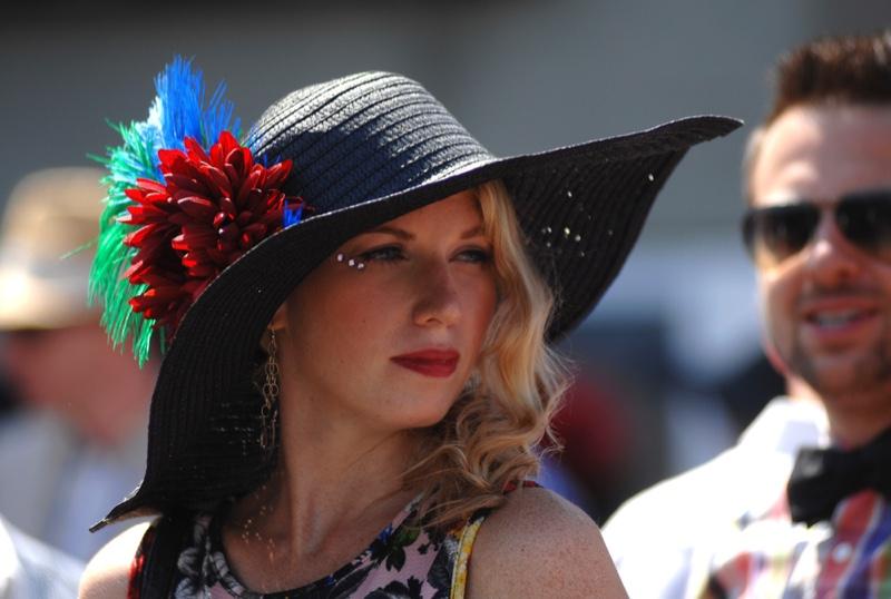 Woman Horse Race Derby Hat Style