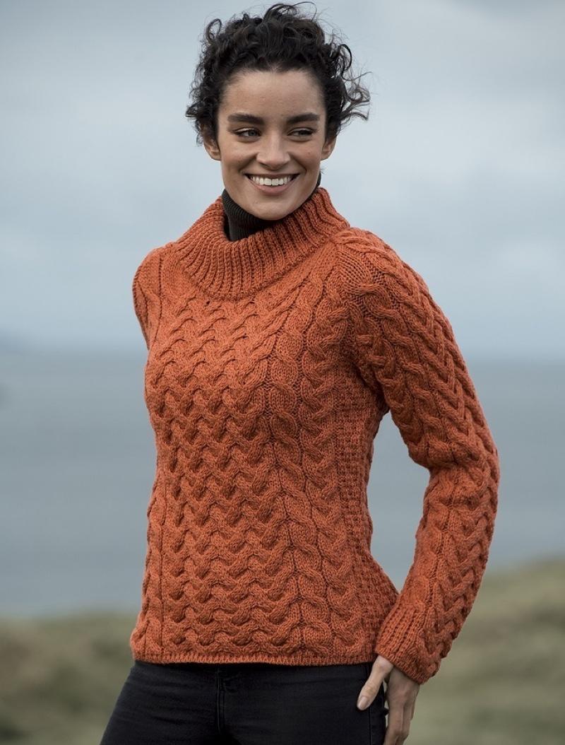 Women's Aran Cable Crew Neck Sweater in Autumn Leaf