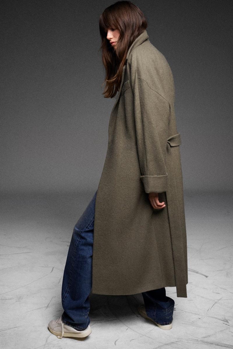 Grace Hartzel models Zara's fall 2020 denim styles.