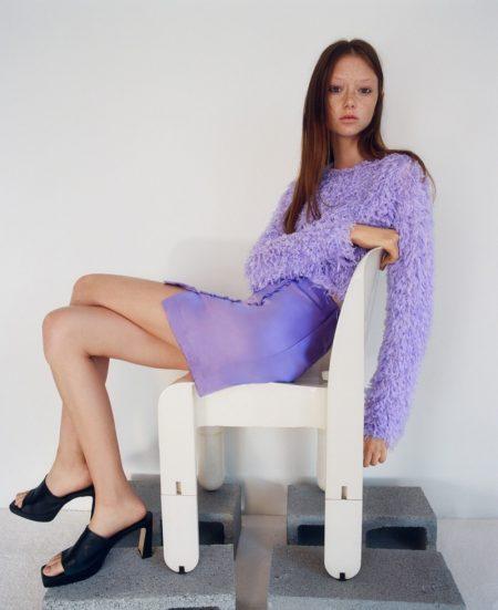 Sara Grace Wallerstedt Models Zara's 90s Inspired Knitwear