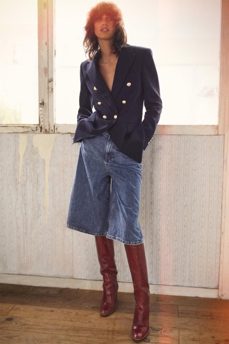 Mica Arganaraz channels retro vibes in Zara's fall 2020 styles.